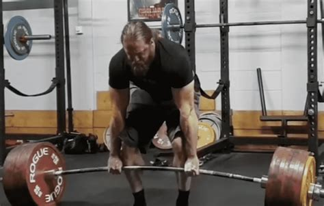 powerlifter tom martin barbend screen