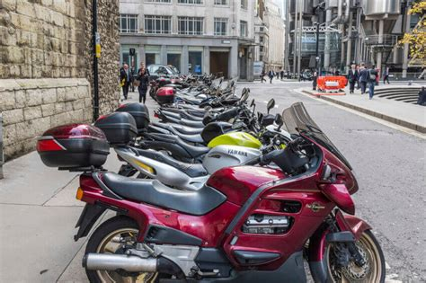 Routes To Your Motorcycle Licence