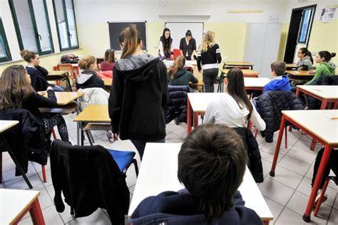 Test Ingresso Liceo Linguistico Manzoni La Ressa Al Liceo Manzoni