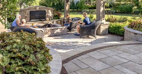 Unilock Beacon Hill Pavers by 5 Patio Designs That Wow Unilock