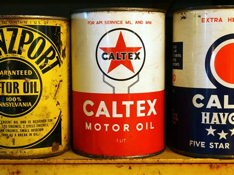 Caltex Motor Oil Can.jpg