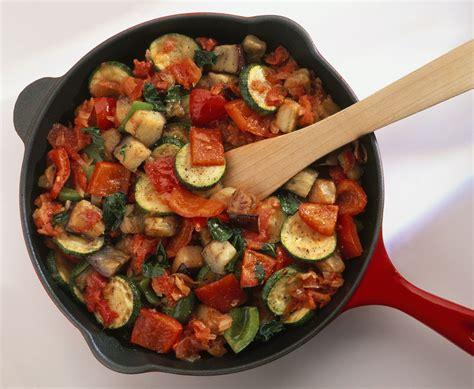 ratatouille cuisine easy vegan vegetarian ratatouille recipe