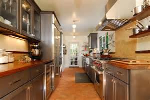 1920s Spanish Revival Kitchens