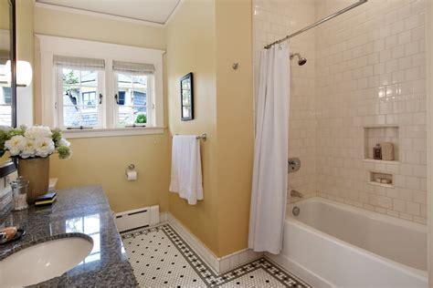 American Foursquare Interior Design Photos (2 Homes)