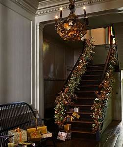 Christmas, Hallway, Decorating, Ideas, To, Impress, Your, Guests