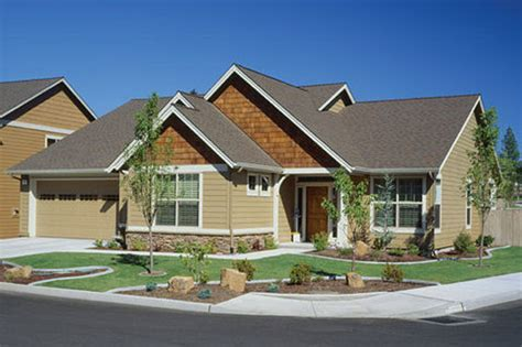 Craftsman Style House Plan   3 Beds 2 Baths 2000 Sq/Ft