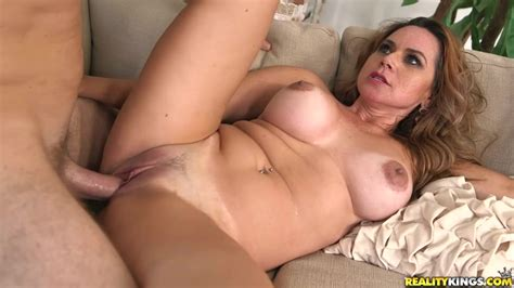 Elegant Bitch With Big Tits Having Hot Action In The Video