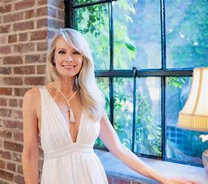 NYC Bridal Beauty Fashion Expert Opens Luxury Boutique