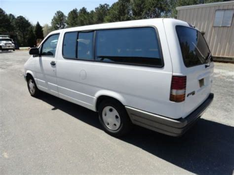 Purchase Used 1996 White Ford Aerostar Minivan One Owner