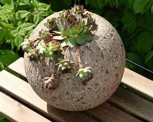 Blumentöpfe Aus Beton : frage an die betonbastler terracottakugel mit beton ~ Michelbontemps.com Haus und Dekorationen