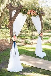 Arche Mariage Pas Cher : 15 backyard wedding ideas mariage id es de mariage mariages westerns et idee deco mariage ~ Melissatoandfro.com Idées de Décoration