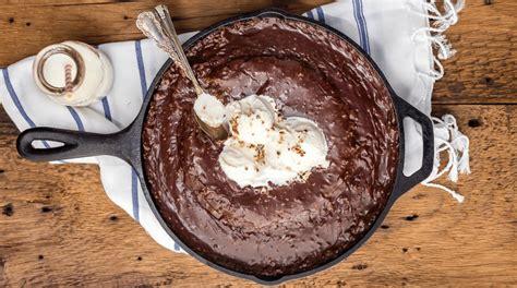 skillet desserts  cast iron    bakeware