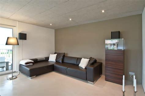 wohnzimmer ideen wand streichen wandfarbe beton farbe w c ande streichen zimmerdecke zum einfach
