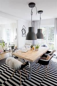 Schwarz Weiß Wohnzimmer : hausbesuch wohnzimmer schwarz wei dining pinterest lampes deco industrielle ~ Orissabook.com Haus und Dekorationen