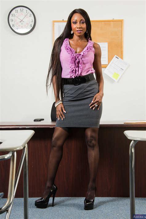 Hot Chocolate Secretary Likes Her Job Photos Diamond