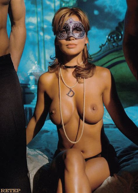 Naked Valerie Zwikker Added 07192016 By Dragonrex
