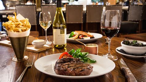 best meal 10 best ways to ensure the most romantic valentine s meal ever