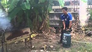 Bouteille De Gaz Pour Barbecue : bouteille de gaz lance flammes pour le barbecue youtube ~ Dailycaller-alerts.com Idées de Décoration