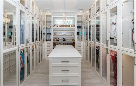 Walk In Closet Decoration by 20 Clever Walk In Closet Ideas Decoration And Organization