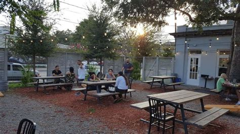Great place to walk up and get coffee and breakfast! The Roastery Coffee Kitchen is brewing up big business in Houston
