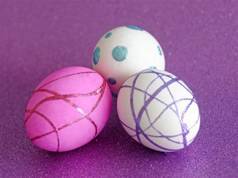 easy egg decorating ideas easy easter egg decorating ideas hgtv design blog design happens