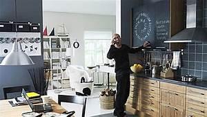 Wie Wirken Kleine Räume Größer : raumgestaltung durch farbe wirkung und tricks ~ Bigdaddyawards.com Haus und Dekorationen