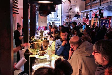 How To Make A Restaurant Sound On A Resume by How To The Noise Levels In Your Restaurant