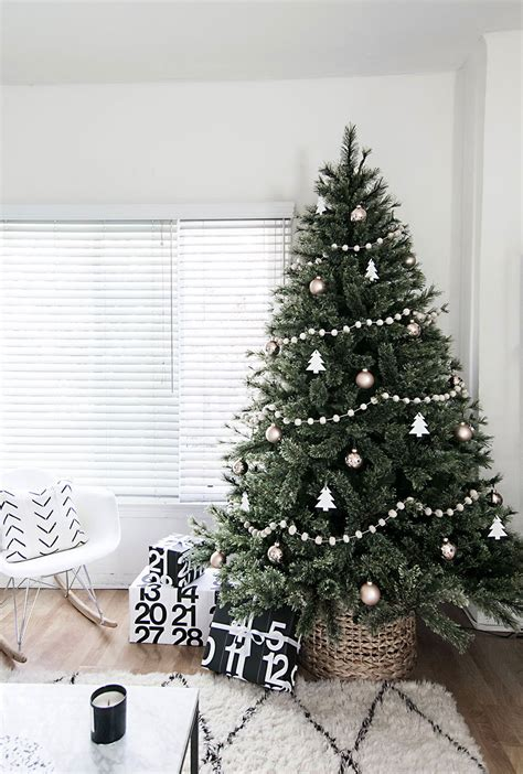 minimal scandinavian christmas tree scandinavian