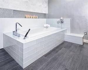 Gray, Modern, Bathroom, With, Soaking, Tub