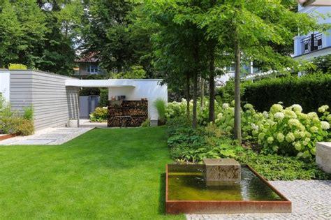 Gehölzsolitäre Als Blickpunkte  Modern  Garten Other
