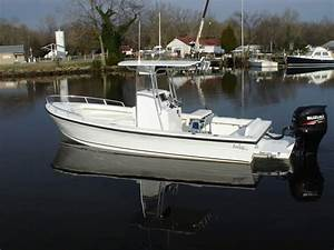 Center Console With Forward Seating And Bow Backrests - The Hull Truth