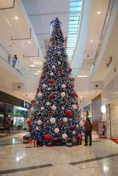 arboles de navidad en carrefour arboles de navidad gigantes p 225 web de arbolesdenavidadgigantes