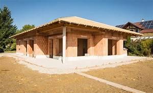 Holz Für Dachstuhl : dachstuhl aus holz f r privat und gewerbebau ~ Sanjose-hotels-ca.com Haus und Dekorationen