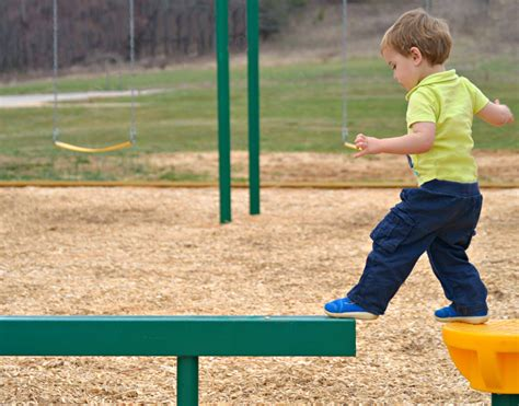 balancing games for preschoolers 10 toddler balance milestones that predict future quality 133
