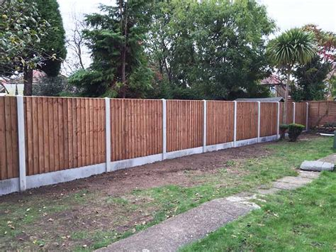 closeboard fence panel ft  ft heathrow fencing