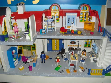 Playmobil Detached From Set 3965 With Furniture + Figures