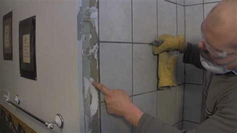 I Watched My Shower - how to tile a shower wall tile demo of the shower walls
