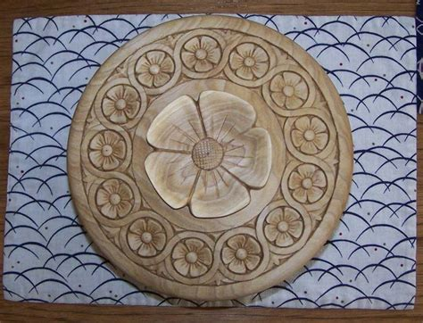 simple flower carving