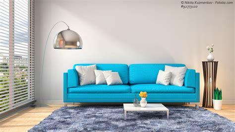 Mittelmeerflair Im Wohnzimmer Mit Sofas In Türkis Und Aqua