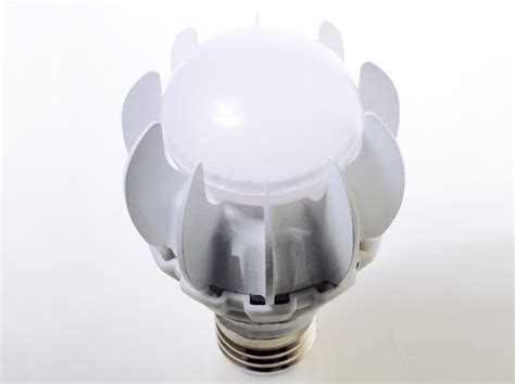 self cooling 100 watt equivalent led bulb by ge