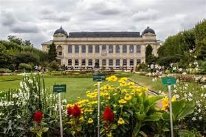 Park it in Paris: Jardin des Plantes Simply Sara Travel