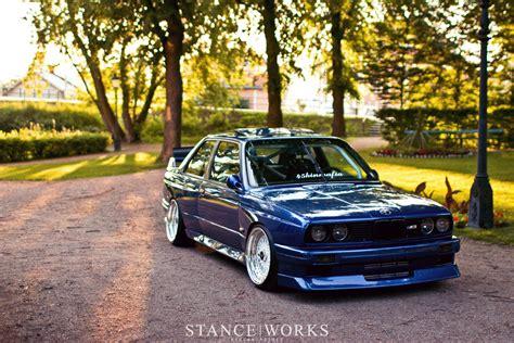 bmw e30 blue and white colour fro bmw e30 m3 with turbo dakos3
