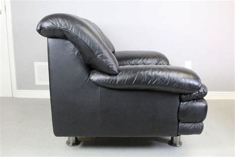 Natuzzi Salotti Leather Chair And Ottoman At 1stdibs