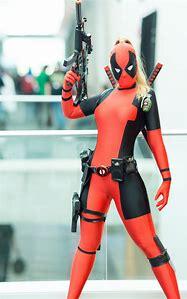 Lady Deadpool Cosplay Girl