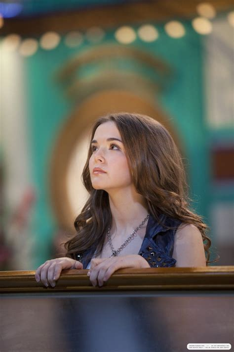 zoey deutch images the suite on deck stills 3x04