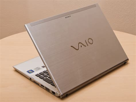 Review Sony Vaio SVT1311M1ES Ultrabook - NotebookCheck.net
