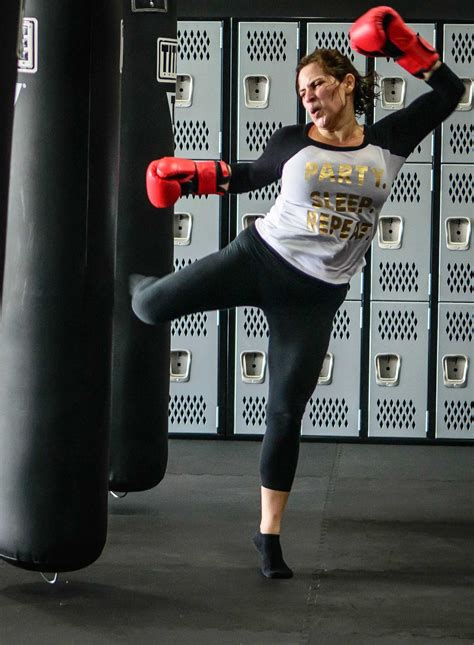 fitgirl kickboxing   punch  title boxing pearland