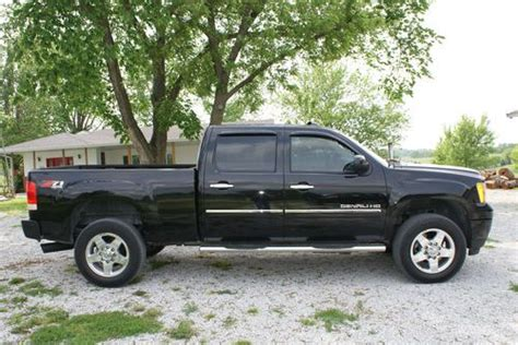 Buy Used 2011 Gmc Sierra 2500 Hd Denali Diesel In
