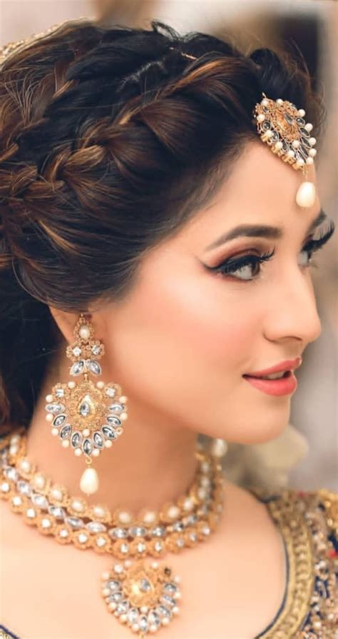 #bridalphotographyposes in 2020 Bridal hairstyle indian
