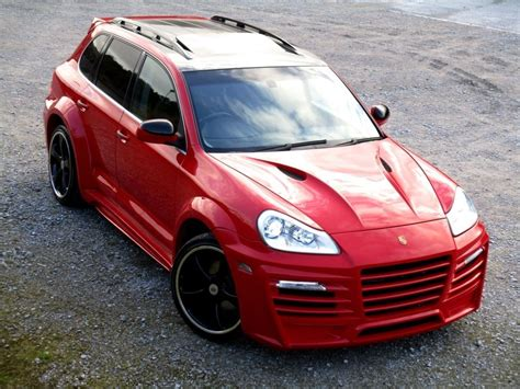 porsche cayenne facelift  techart magnum styling